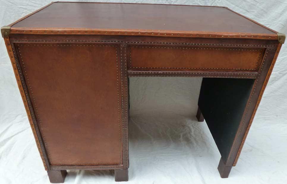 bureau cuir madebymed fauteuil club restauration traditionnelle de fauteuils club achat. Black Bedroom Furniture Sets. Home Design Ideas