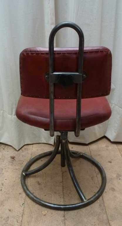 chaise d atelier de l arm e fran aise madebymed fauteuil club restauration traditionnelle. Black Bedroom Furniture Sets. Home Design Ideas