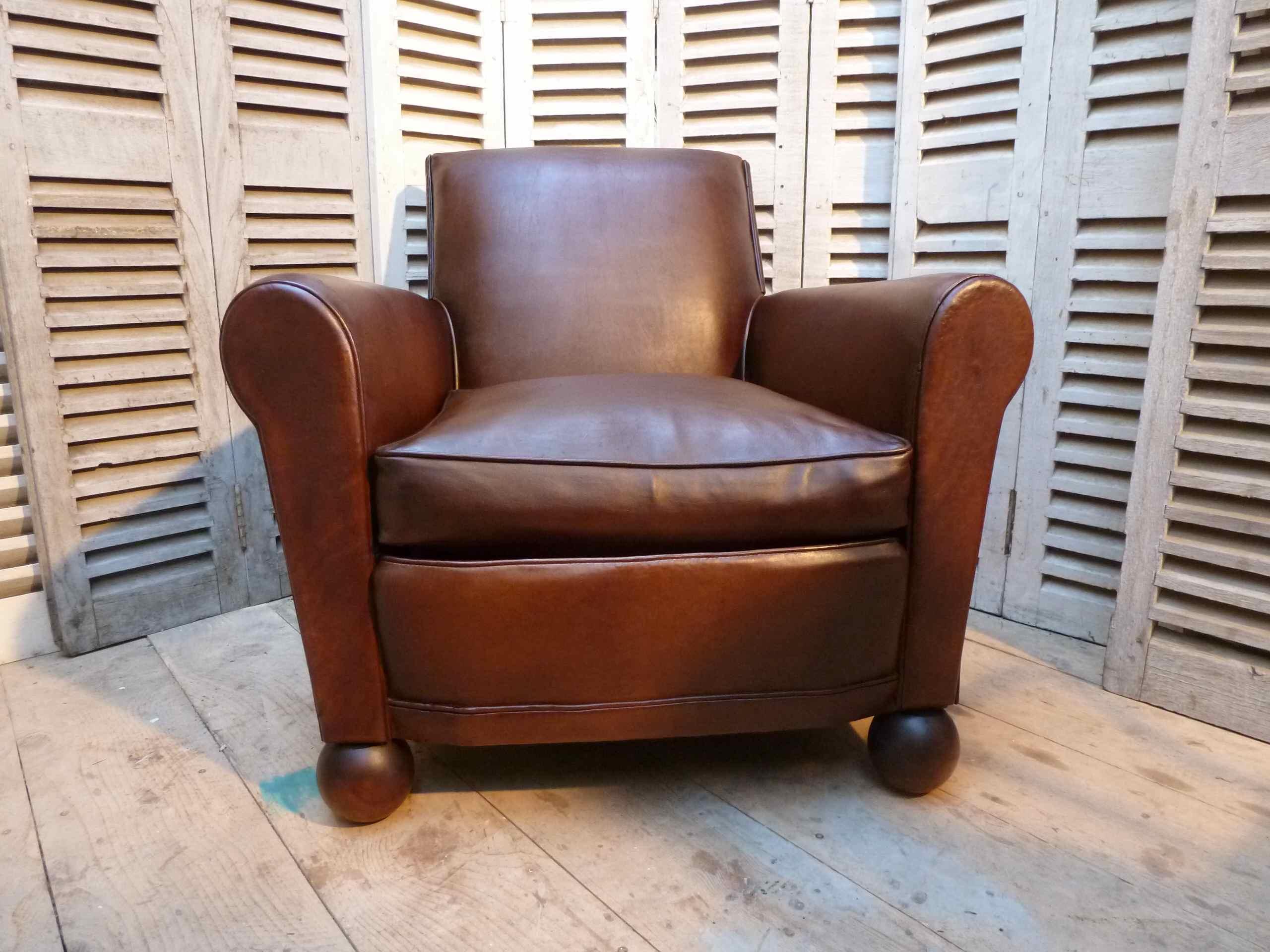 petit fauteuil club dossier droit madebymed fauteuil club restauration traditionnelle de. Black Bedroom Furniture Sets. Home Design Ideas