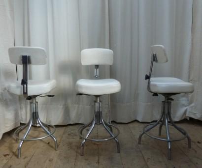 fauteuils-skai-blanc