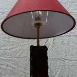 lampe-bureau-cuir-rouge-3