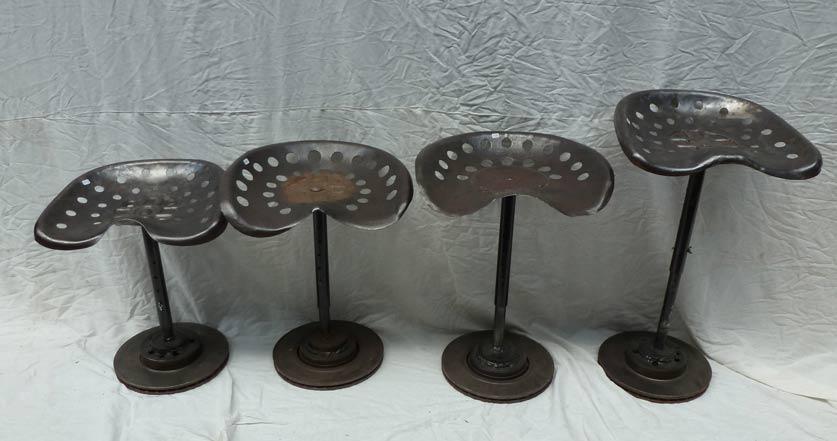 tabourets de tracteur madebymed fauteuil club restauration traditionnelle de fauteuils club. Black Bedroom Furniture Sets. Home Design Ideas